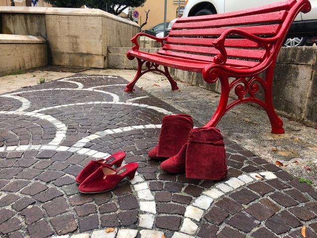 Violenza sulle donne, a Corleone una panchina rossa e un centro d'ascolto per le vittime