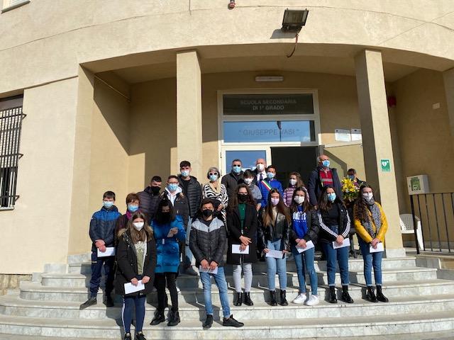 Consegnati dalla Fondazione Badami sussidi di beneficienza a 11 studenti
